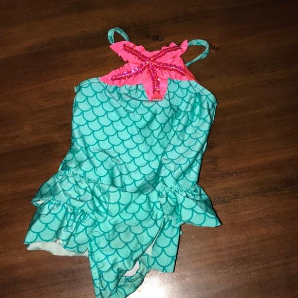 2a6fde1c5c357 Love u Lots Mermaid Girls Ruffled Swimsuit Size 3T.  M_5bc54bc36a0bb782543a2104